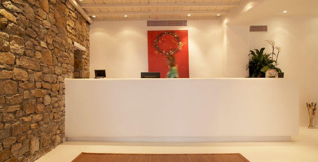 Siéntase bienvenido en el hotel Mykonian Mare