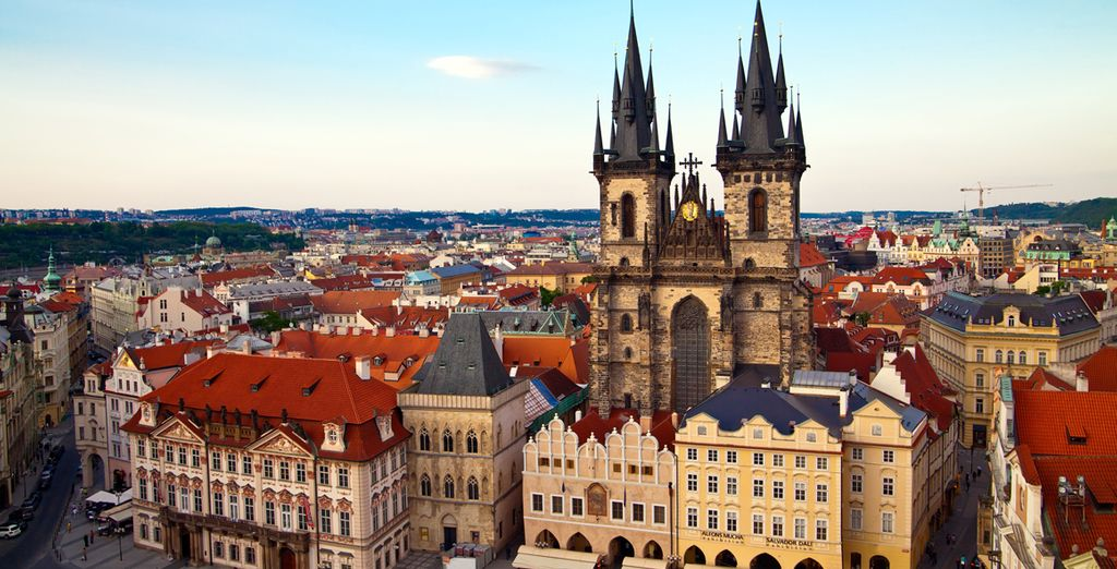 Visite la emblamática Praga