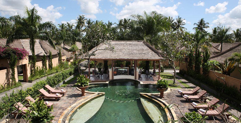 El Hotel Furama Villas en Ubud le da la bienvenida