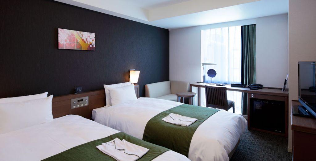 Aunque también podrías dormir en el acogedor Daiwa Roynet Hotel Kyoto Shijo Karasuma 3*