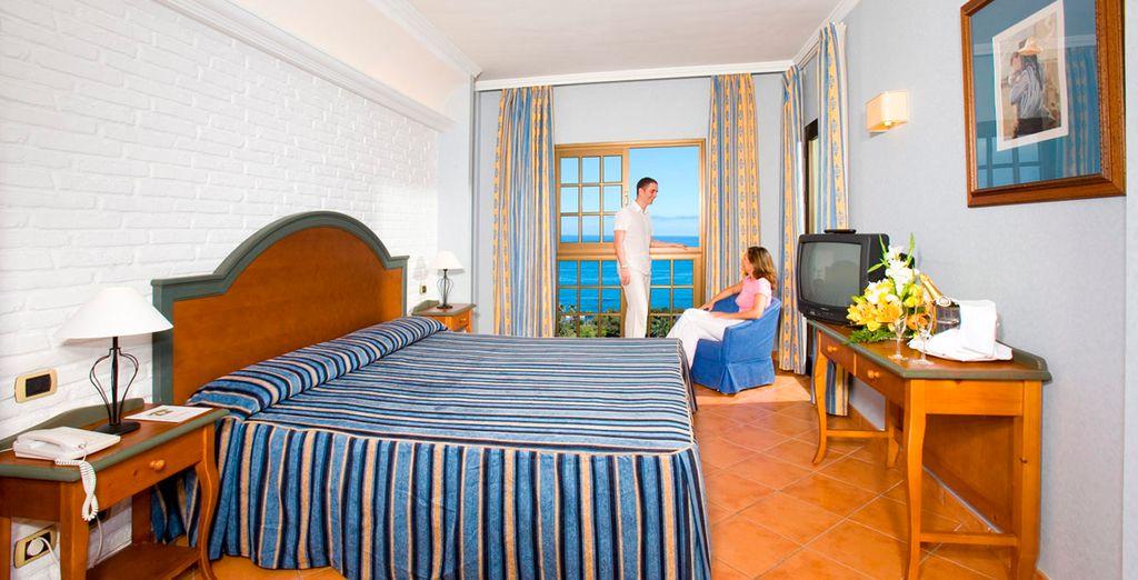 Descanse en su Junior Suite con vistas al Mar