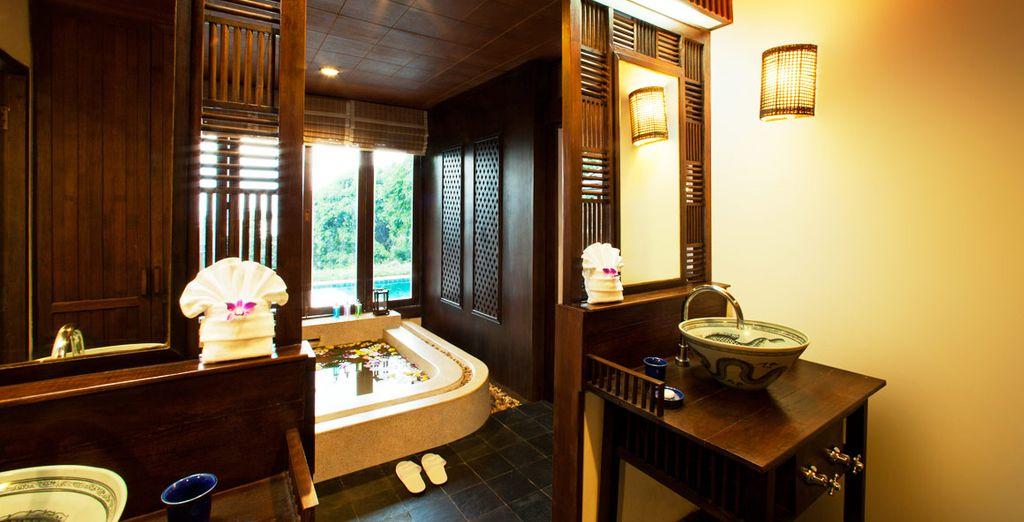 El Spa del hotel ofrece tratamientos de belleza y masajes tailandeses