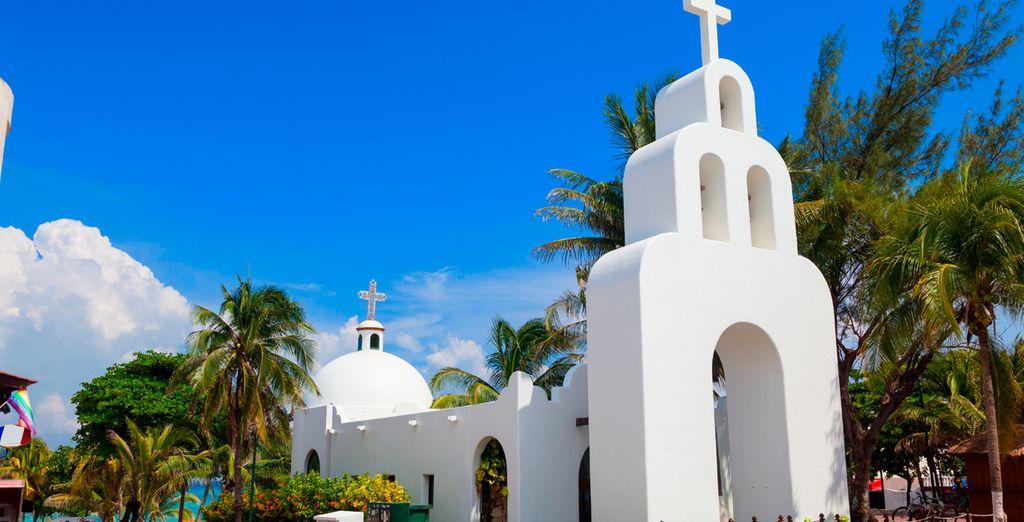 Visite las típicas iglesias de Playa del Carmen