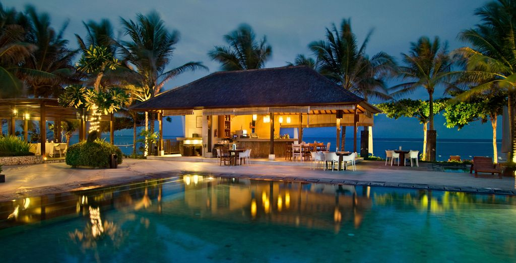 Goce de una estancia en el Hotel The Bali Khama 4*, Nusa Dua