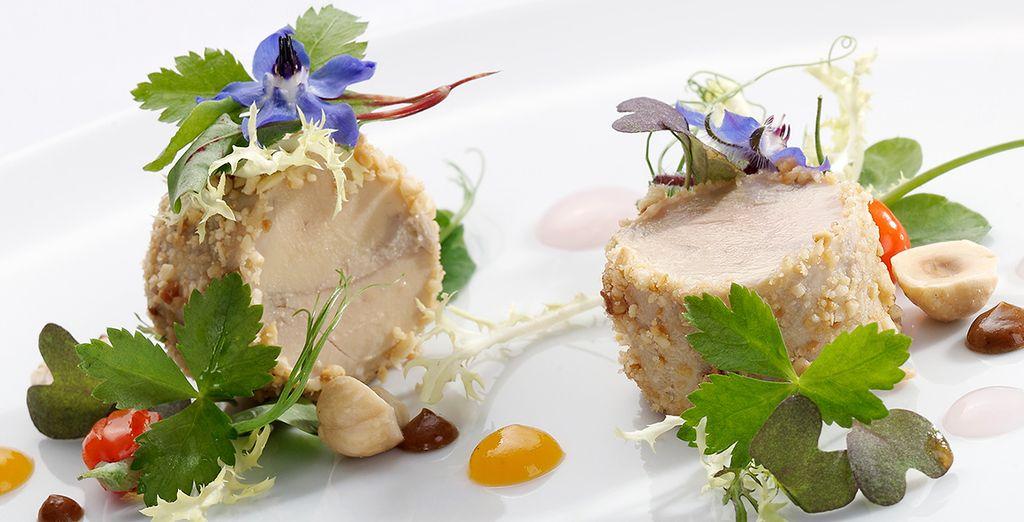 Deguste platos exquisitos en su restaurante