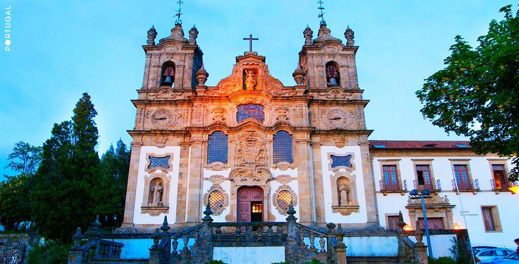 En la ciudad de Guimarães se encuentra la majestuosa Pousada de Santa Marinha