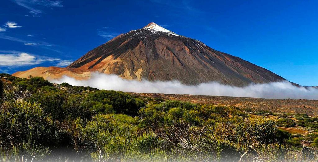 Aproveche para hacer una excursión al volcán más alto de España