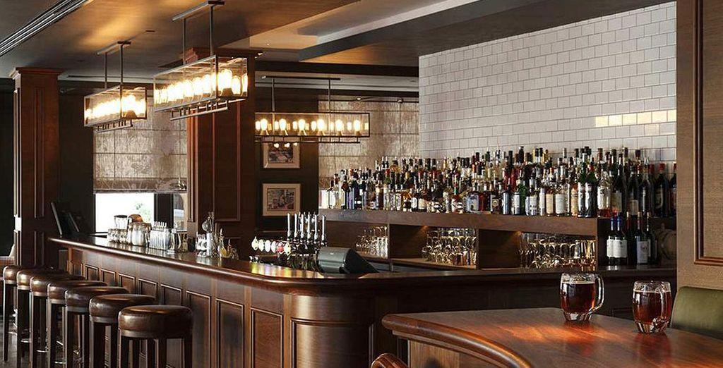 El bar Blue Boar añade un elemento moderno al tradicional pub inglés