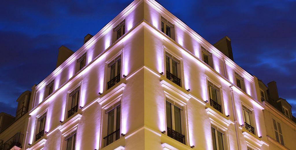 En un moderno Hotel en París