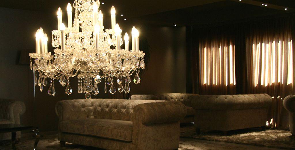 Repose en sus lujosos y confortables salones