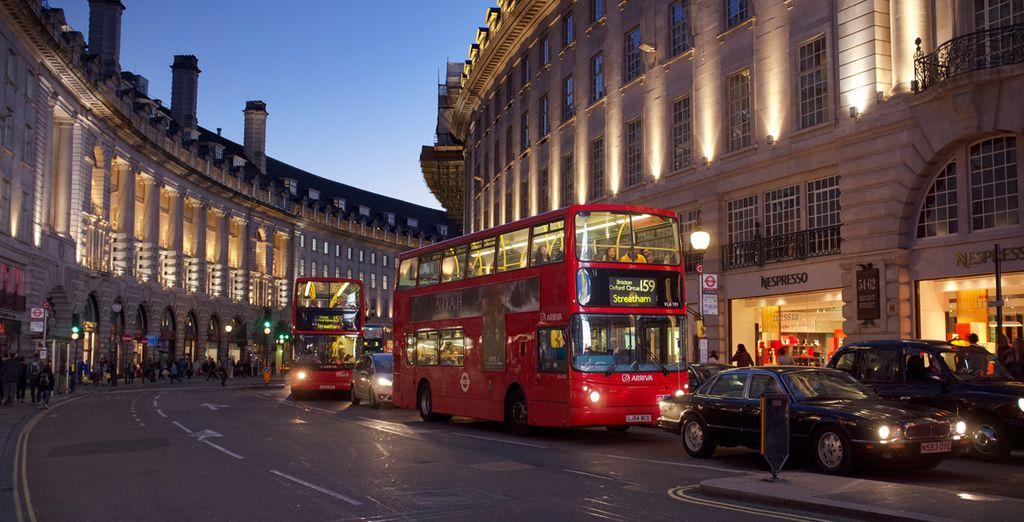 Pasee por las diámicas calles de Londres