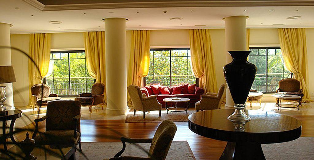 El hotel recrea un ambiente agradable y relajante