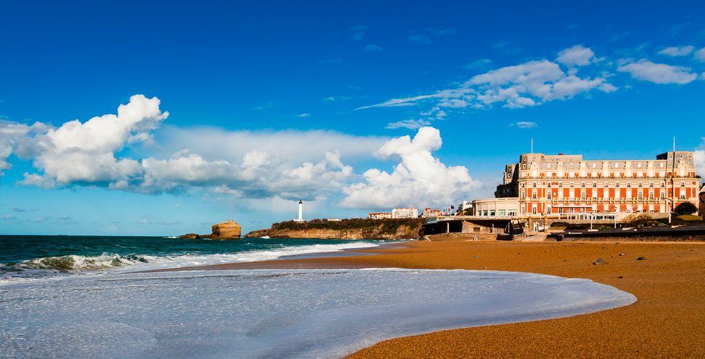 Aproveche para pasear a lo largo de la playa