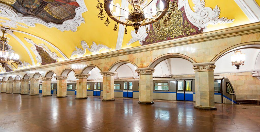 El Metro de Moscú es uno de los más lujosos del mundo