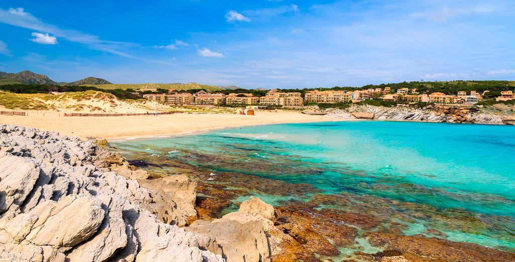 Relájese en una exclusiva zona de la isla de Mallorca