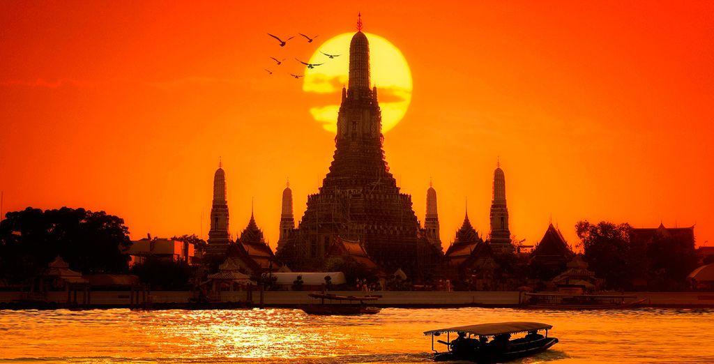 Su primer destino será la vibrante capital de Bangkok