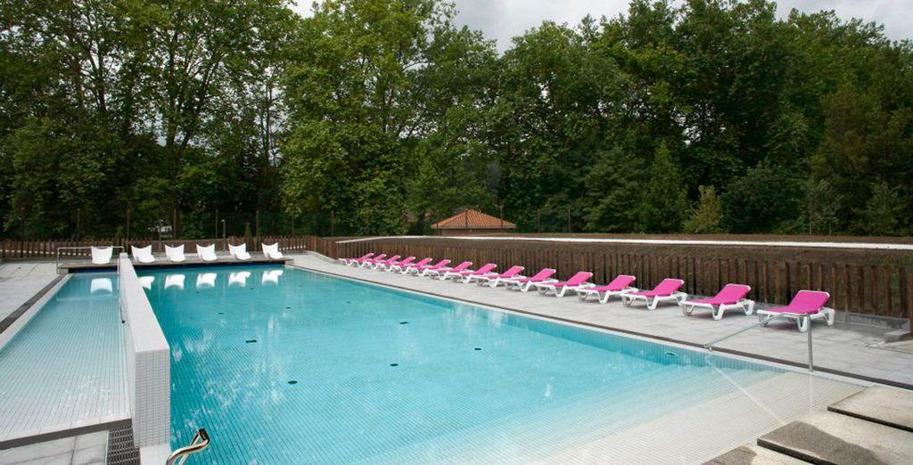 Refrésquese en su piscina al aire libre
