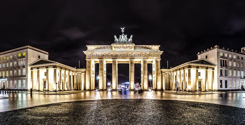 Visite la imponente Puerta de Brandeburgo