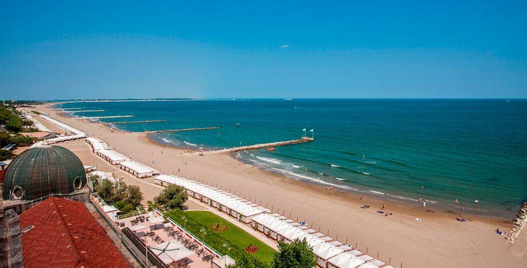 Vistas panorámicas de las playas de Venecia
