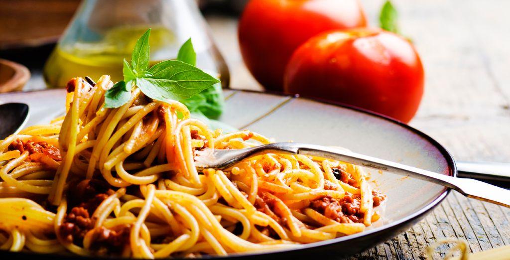Deguste los mejores platos de la gastonomía italiana con su pensión completa