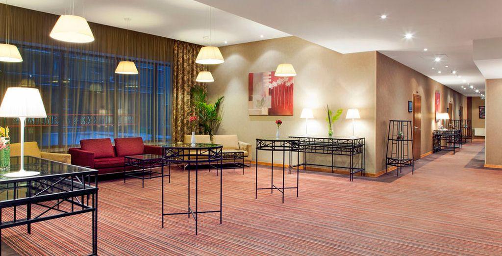 En Moscú, podrá alojarse en el Holiday Inn Moscow Suschevsky 4*
