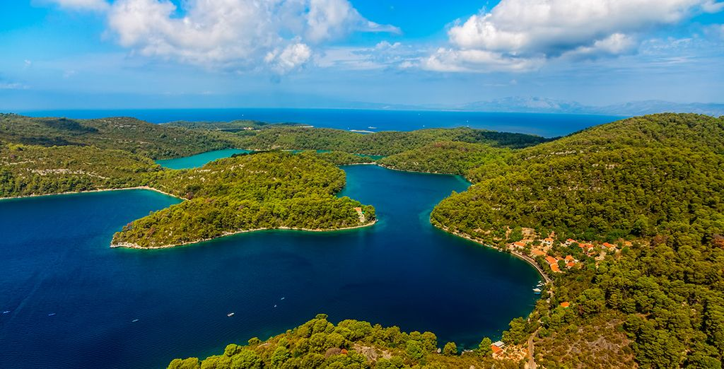 La cercana isla de Mljet, paraíso adriático