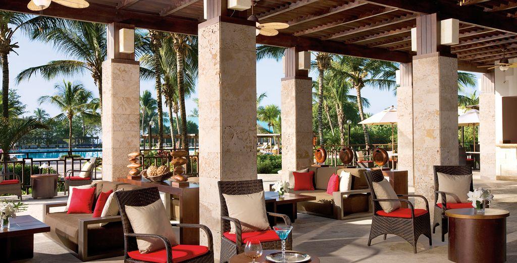 Relájate en la terraza al son de la brisa del Caribe