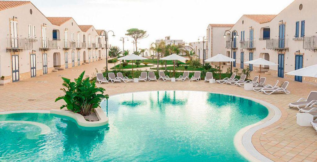 Scala dei Turchi Resort 4* se ubica en un tranquilo entorno