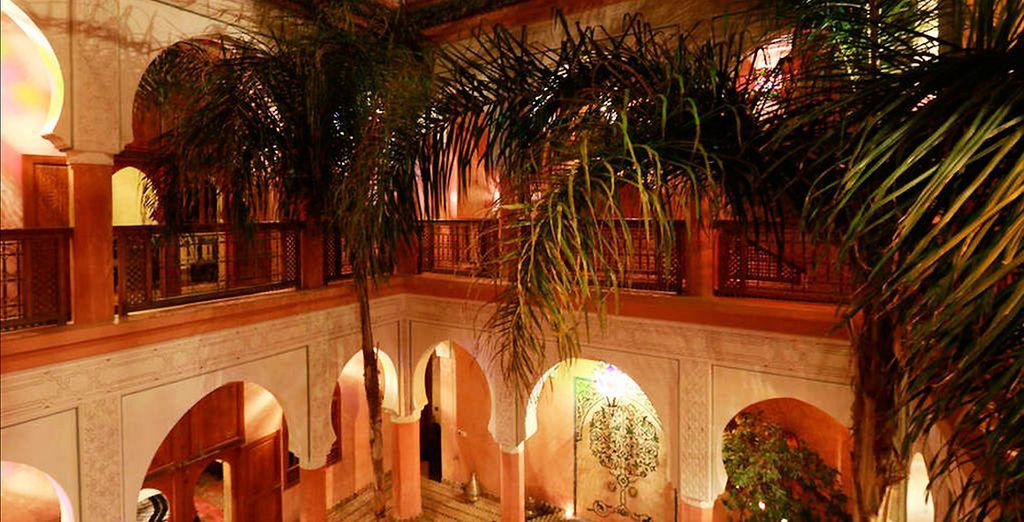 El riad cuenta con una arquitectura arábigo-andaluza