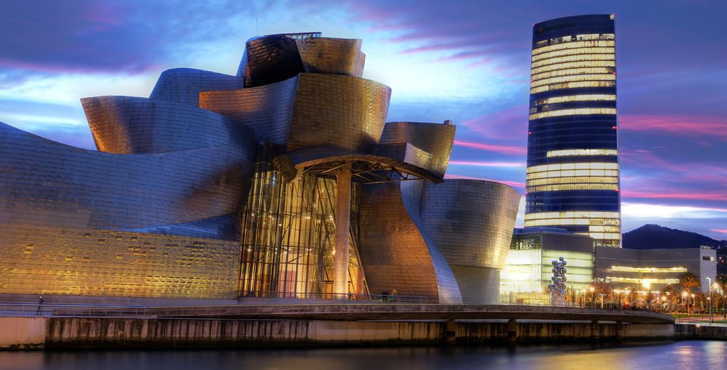En Bilbao encontrarás el museo Guggenheim, una visita que no puedes perderte