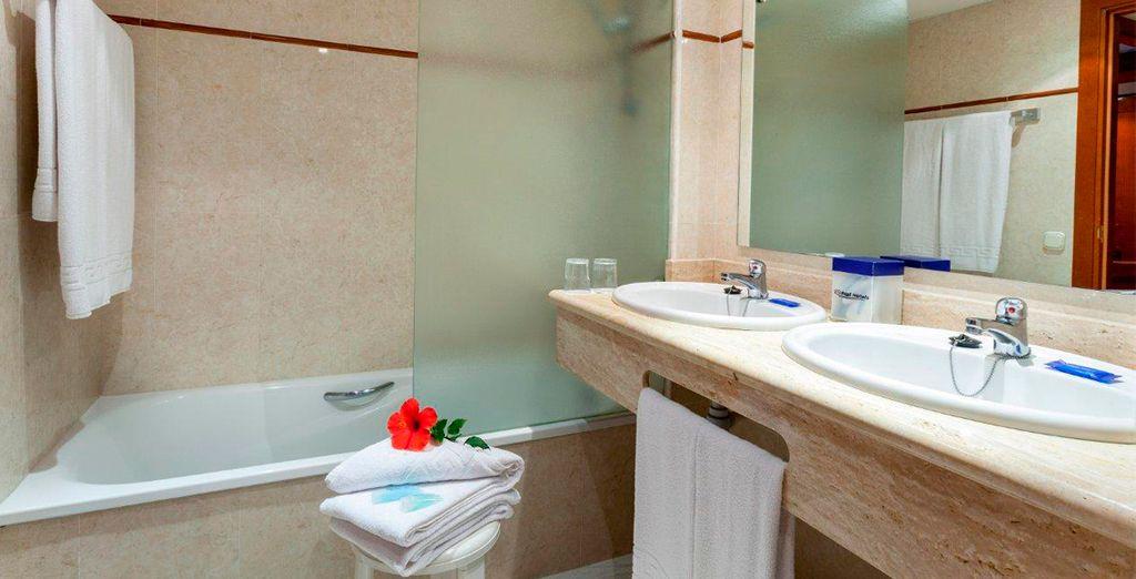 Amplios baños para tu estancia