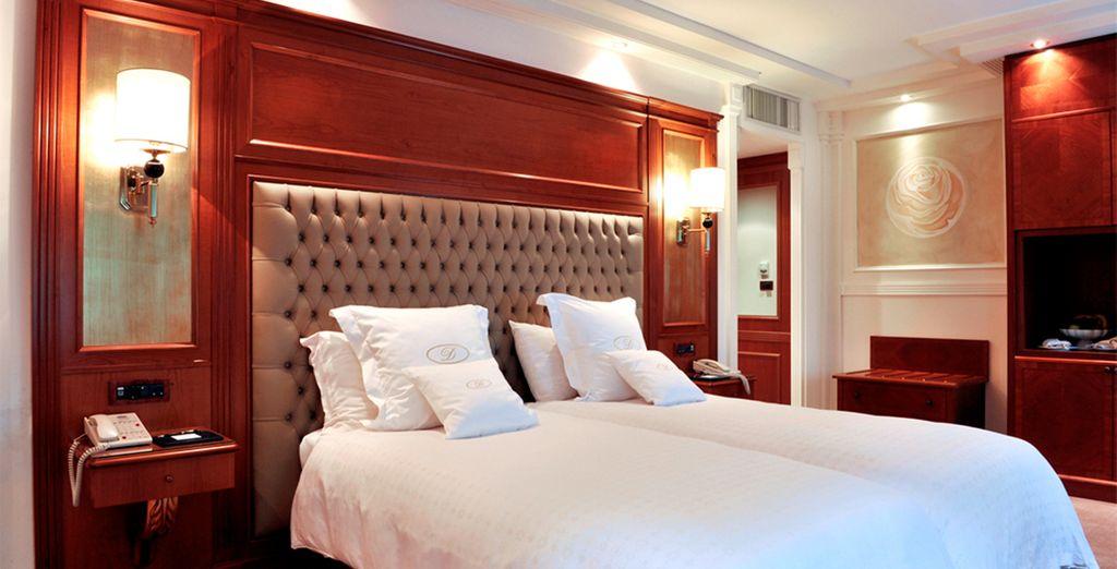 Descansarás en una lujosa habitación Superior con vistas a las montañas