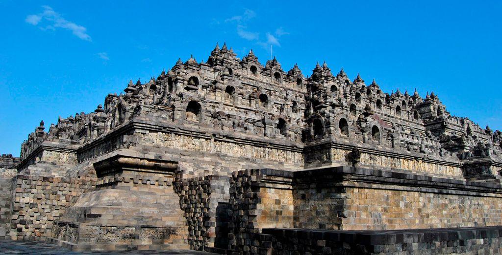 También visitarás el templo de Borobudur