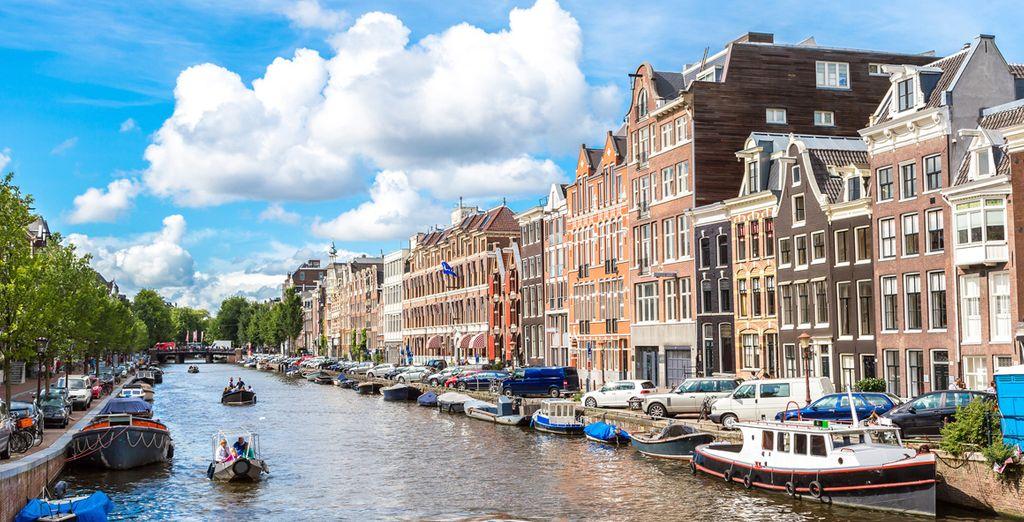 Acércate a la vanguardista Ámsterdam