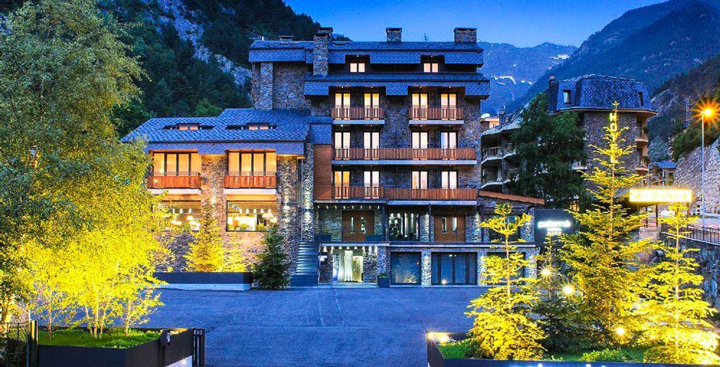 ¡Bienvenido a Andorra, en el hotel Palomé de 4* !