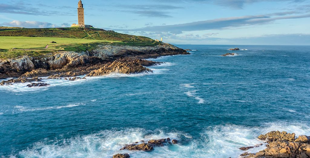 A Coruña nació y creció en torno a la Torre de Hércules