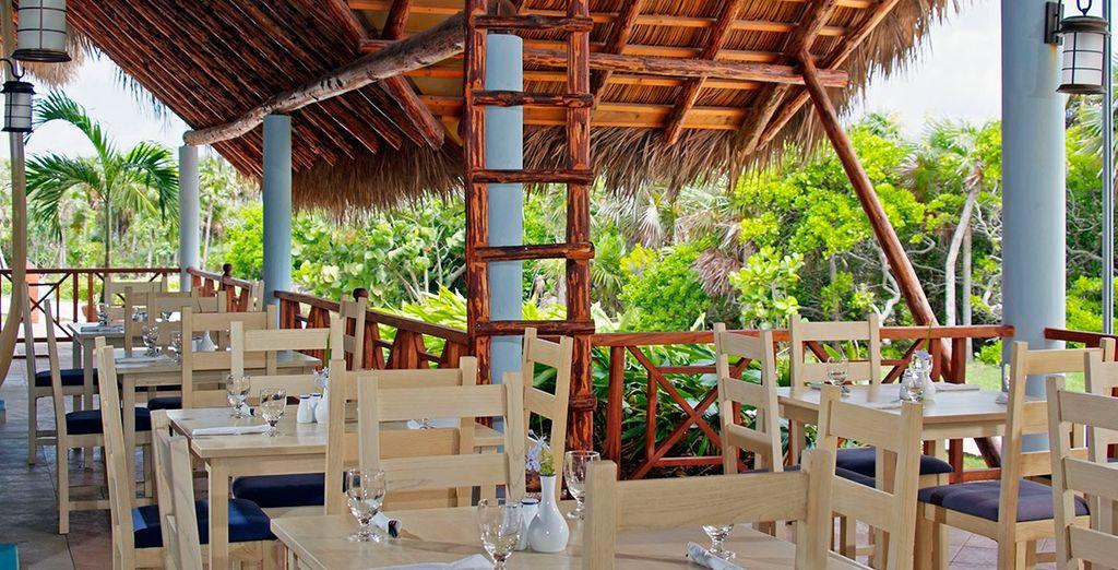 Grill Restaurant, donde saborear platos a la parrilla al aire libre