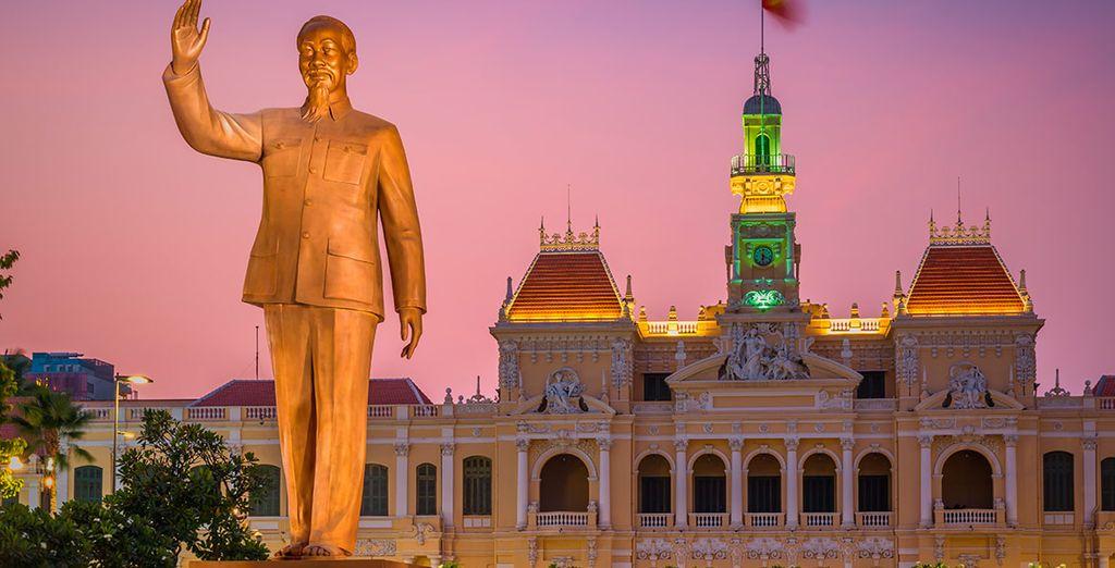 Un precioso edificio alberga el ayuntamiento de Ho Chi Minh