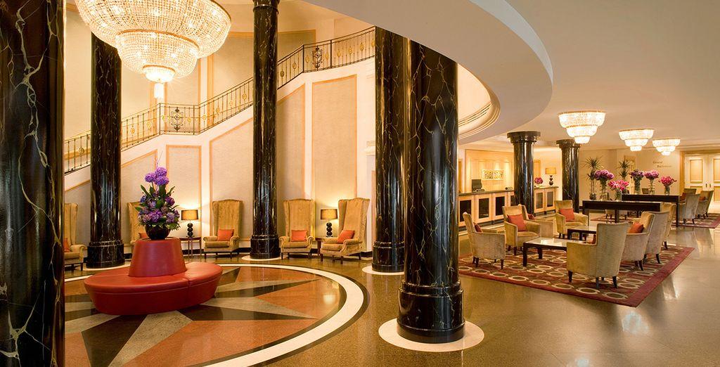 Entra en un mundo de comodidad y lujo en el Hotel Sheraton Warsaw 5*