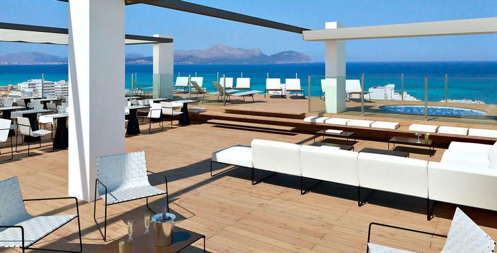 Bienvenido al Tonga Tower Design Hotel & Suites 4*