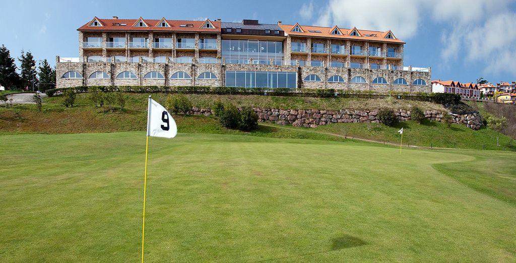 Bienvenido a Hotel Abba Comillas Golf 4*