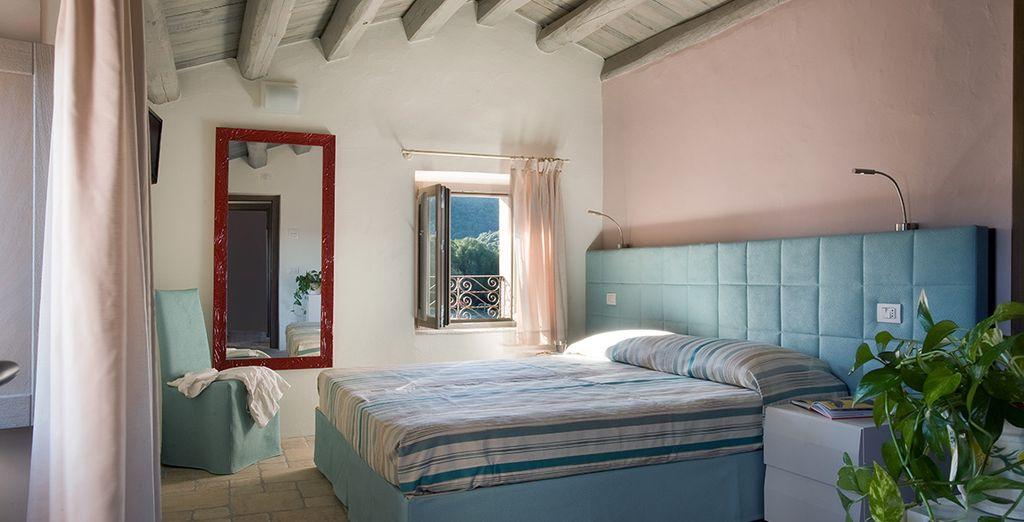 Un espacio rústico y contemporáneo, decorado con sueaves colores