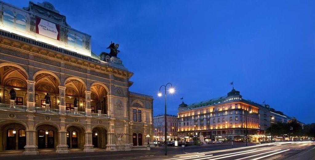 En un edifico histórico junto a la Ópera de Viena