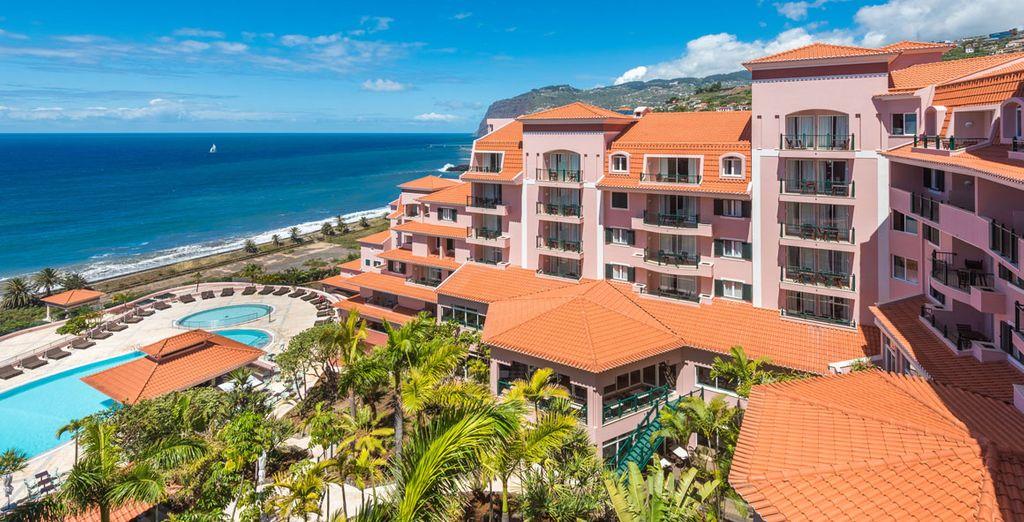 Disfruta de Madeira con todo incluido en Hotel Pestana Royal Premium All Inclusive Ocean 5*