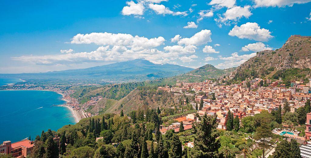 Acércate a la bonita Taormina