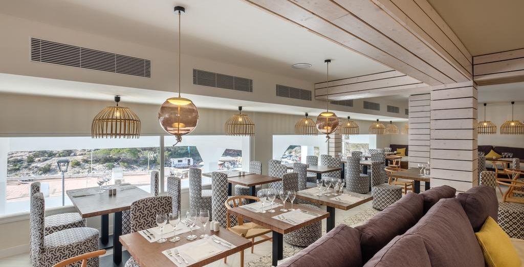 Los bares y los restaurantes ofrecen platos tradicionales e internacionales