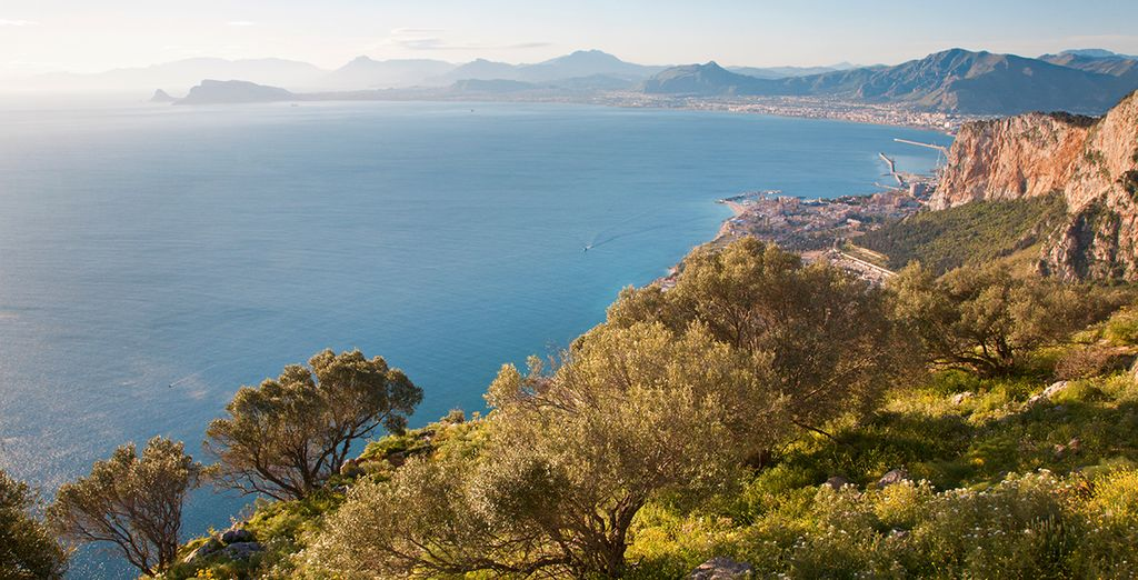 Disfruta de un entorno natural lleno de belleza... ¿Nos vamos?
