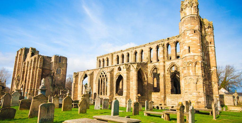 Descubre las ruinas románticas de la catedral de Elgin