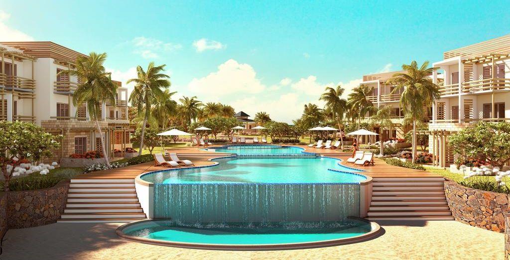 Pon un final espectacular a este combinado alojándote en el Anelia Resort & Spa 4*