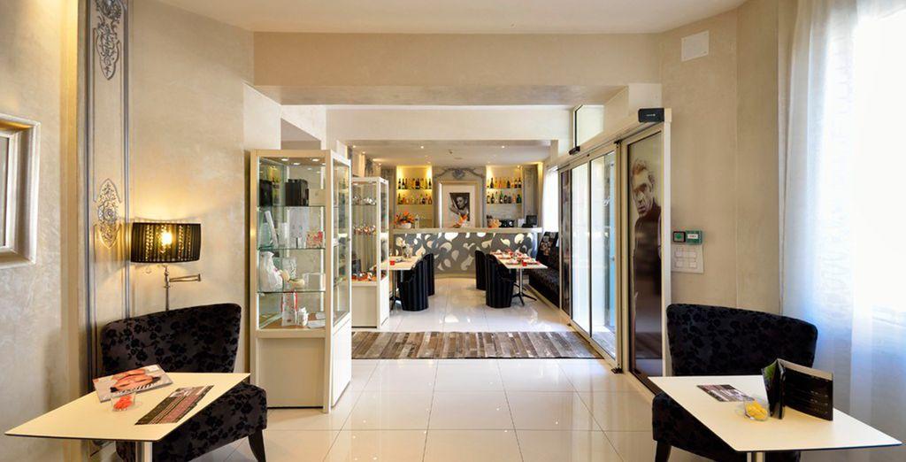 Su ambiente combina hotel boutique de lujo y discreción